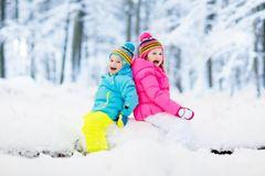 KIDS PLAYING SNOW ON SIS BIRTHDAY