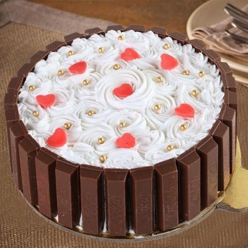 Kitkat Beauty Cake